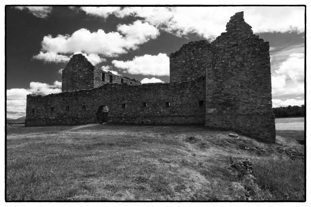 Ruthven Barracks Acros 100